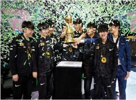 RNG鏖战五场豪取MSI冠军,韩媒却指着RNG靠作弊夺冠?